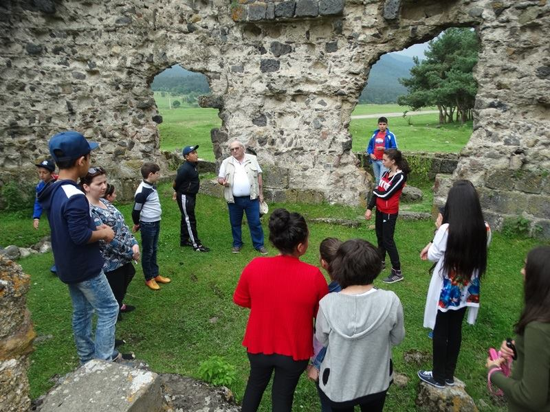 children visited cultural heritage sights in lori 4