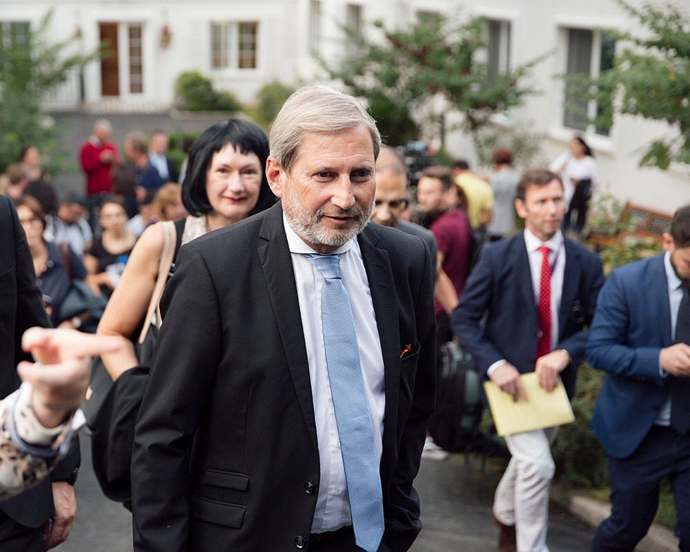 hahn at eap school opening tbilisi 04 2018