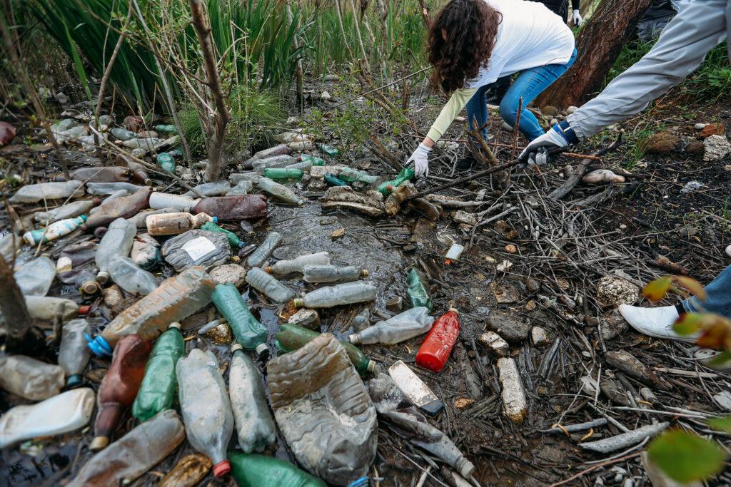 rioni river plastic 22 april